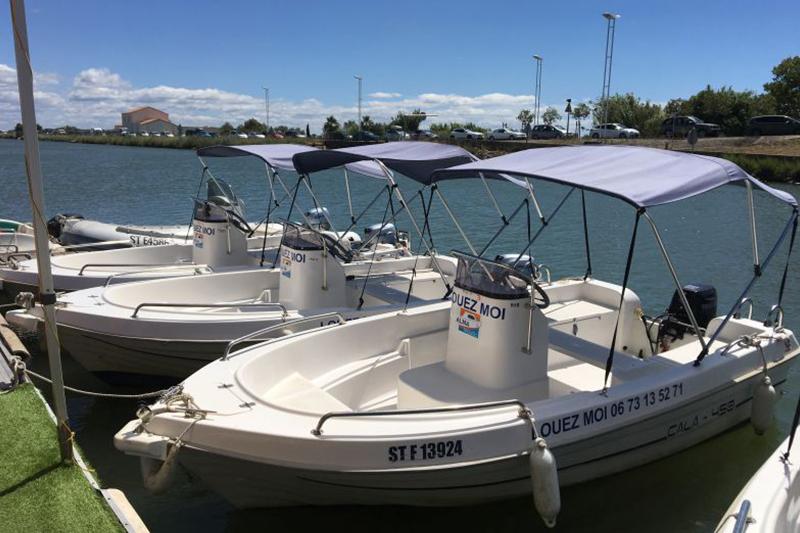 Trois bateaux sans permis disponibles à la location au Grau du Roi (30)